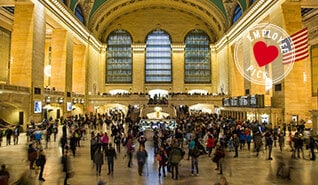 New York City New-York-Thumb-desk-318x185px-Whispering-Arch-EN.jpg